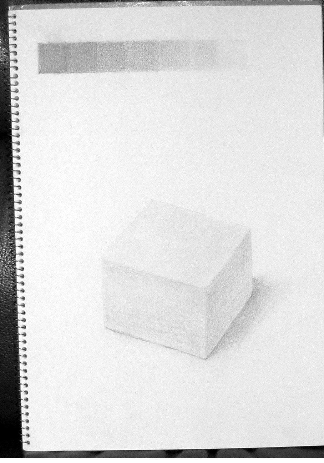 9×9×5cm白い箱
