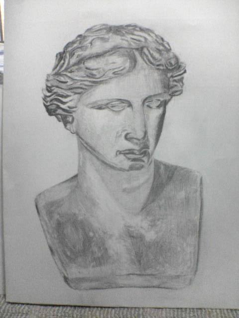 少し前に描いた石膏デッサン