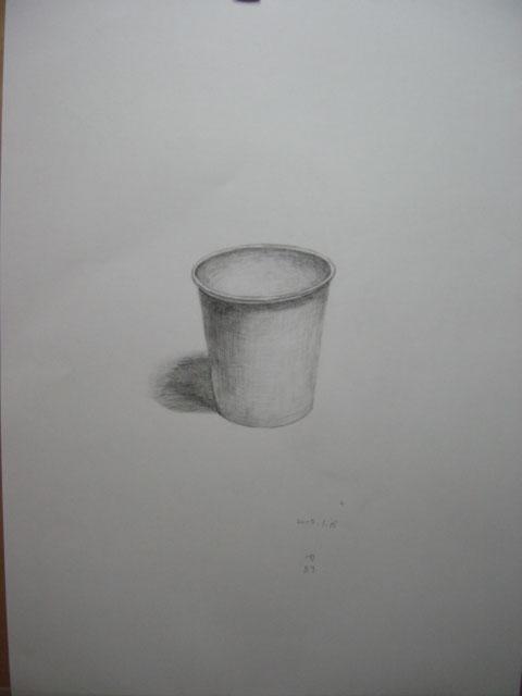 紙コップ描いて見ました。