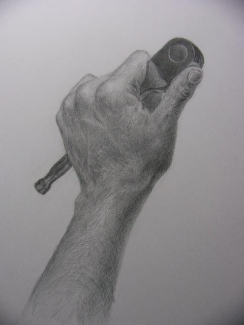 工具を持った手(2)