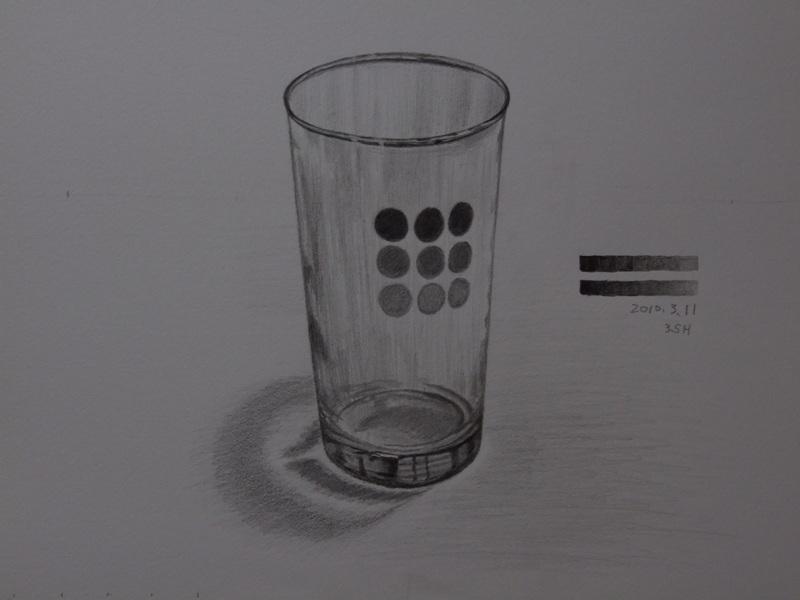 ガラスのコップ�E