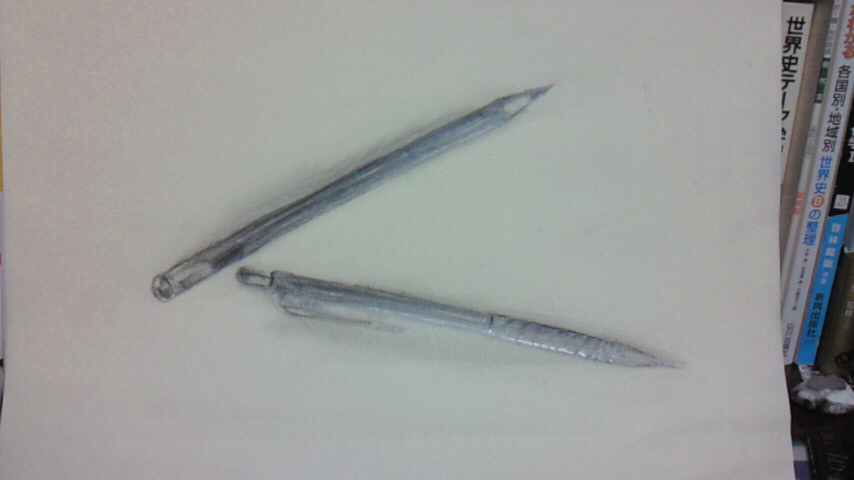 鉛筆とシャープペン
