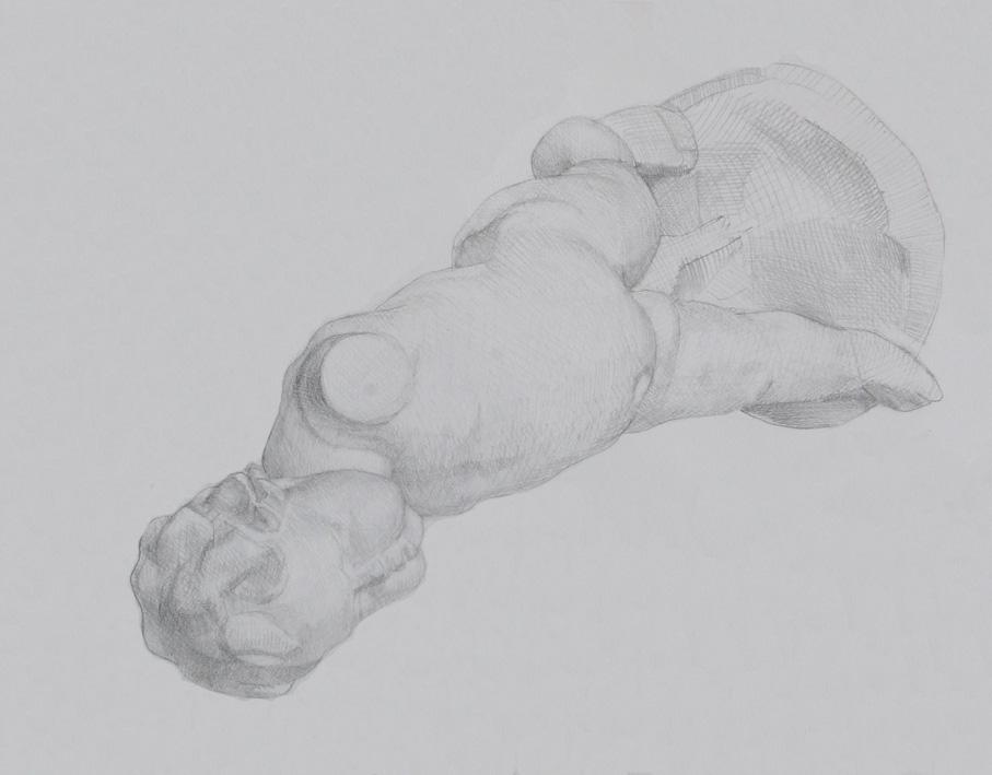 横たわる幼児像