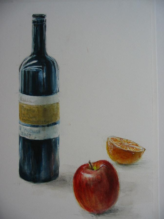 ワインビン、リンゴ、オレンジ