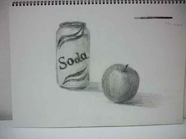 缶とリンゴ