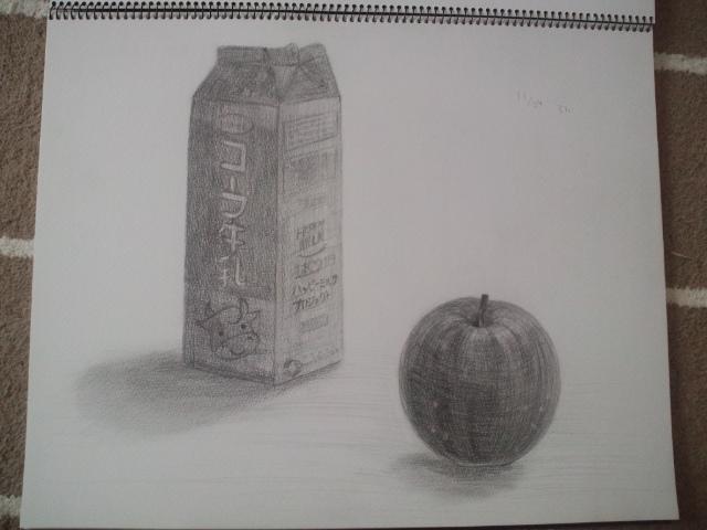 牛乳パック、りんご