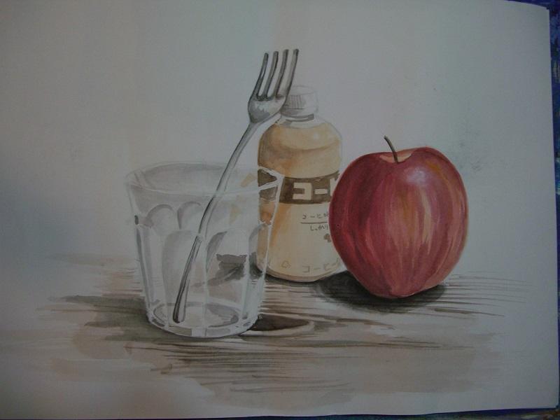 リンゴ、コップ、フォーク、コーヒー牛乳