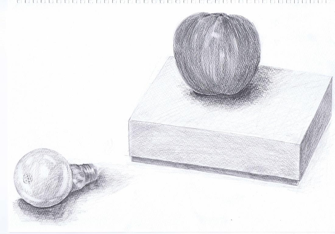 電球と箱とリンゴ