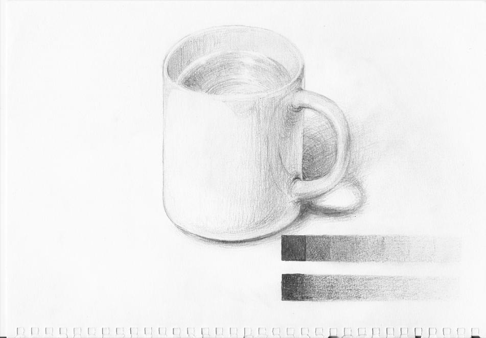 水を入れたカップ